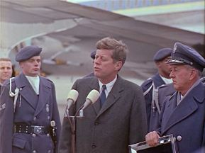 342-USAF-34662 - PRESIDENT KENNEDY VISITS SAC HEADQUARTERS, 12-07-1962-405.000