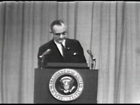 MP 511 - LBJ Press Conference - 19640416-120.000