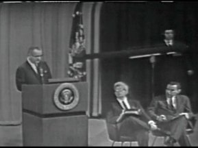 MP 511 - LBJ Press Conference - 19640416-180.000
