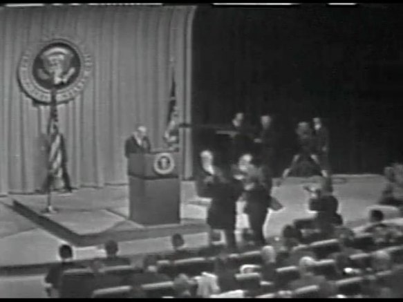 MP 511 - LBJ Press Conference - 19640416-60.000