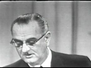 MP 511 - LBJ Press Conference - 19640416-900.000
