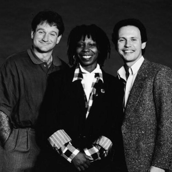 This is What Robin Williams and Whoopi Goldberg Looked Like  in 1986
