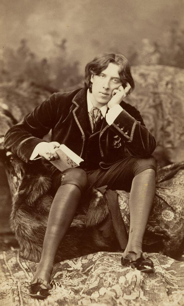 This is What Reading Gaol and Playwright Oscar Wilde Looked Like  in 1895