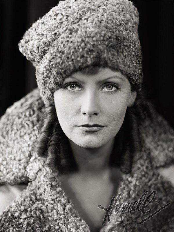 Fascinating Historical Picture of Greta Garbo in 1930