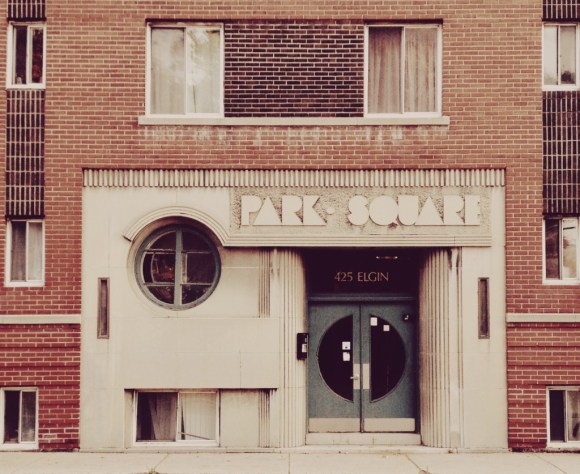 Park Square Apartments (425 Elgin)