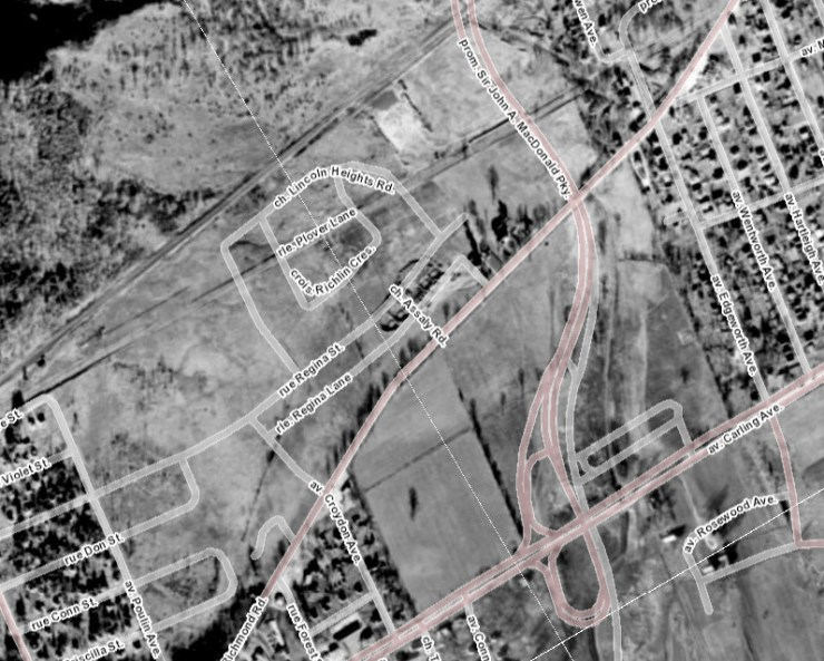 1958 Aerial of the area. You can see the foundations being dug for the rental row homes along Regina. Source: geoOttawa.