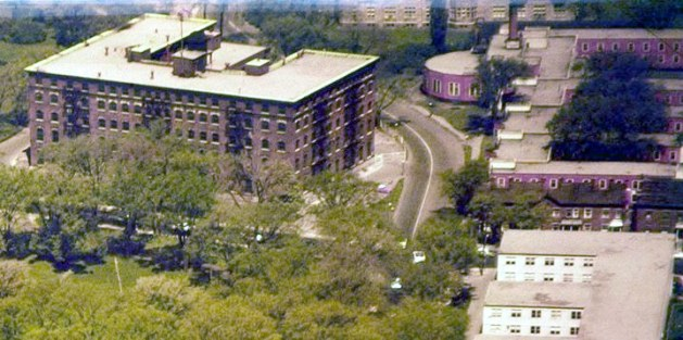At the top-right, Laurentian Terrace. Home to countless female civil servants between 1943 and 1964. Image Source: Lost Ottawa [Facebook].