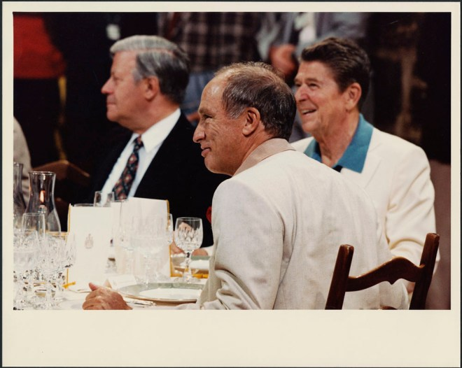 Pierre Trudeau, dining with Ronald Reagan. Image: Office of the Prime Minister Collection / LAC Accession 1984-133 NPC, Box TCS-00546.