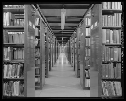 """Stacks, Fourth Level - Free Library of Philadelphia, Central Library, 1901 Vine Street, Philadelphia"" by Joseph Elliot. Library of Congress, https://www.loc.gov/pictures/item/pa4067.photos.573870p."