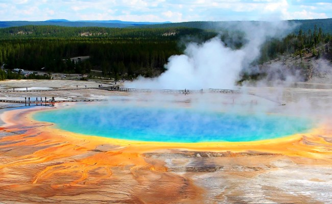 The Natural Beauty Of The Yellowstone National Park