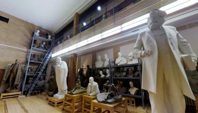 Zair Azgur Memorial Museum & Workshop