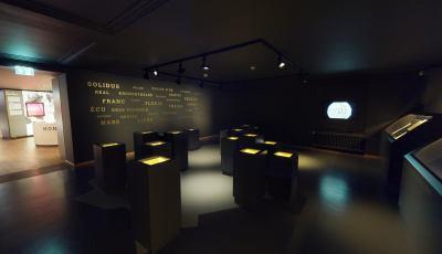 Musée National d'Histoire et d'Art: Coin Cabinet