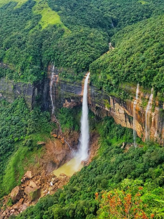 best place to visit in northeast india - Nokalikhai Falls