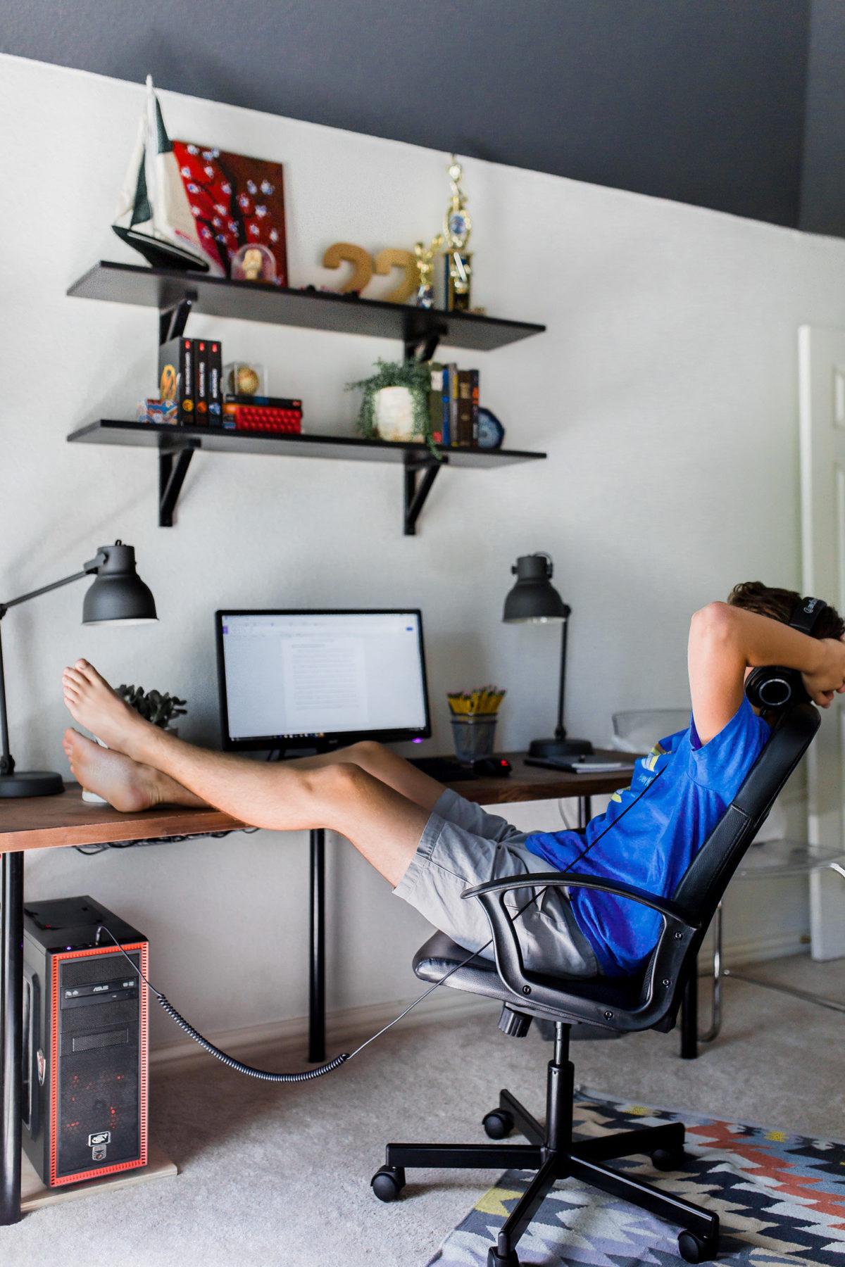 A Teenage Space for Work  Play  Hi Sugarplum