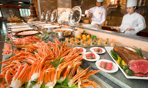 dinner01_img01_m