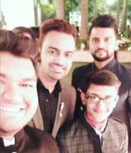 Check out pictures from Anushka Sharma - Virat Kohli reception! 4