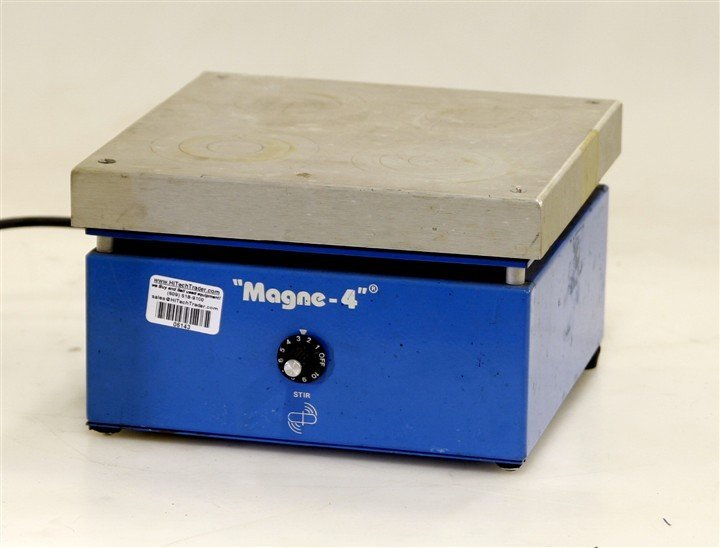 Cole Parmer Magnetic Stirrer model 04820-10