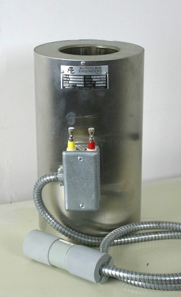 Autoclave Engineers Heater 301A-3976