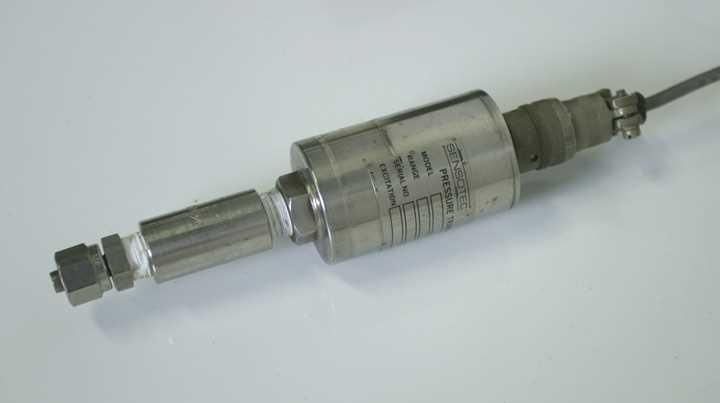 Sensotec 450D Pressure Readout with Sensor - 1