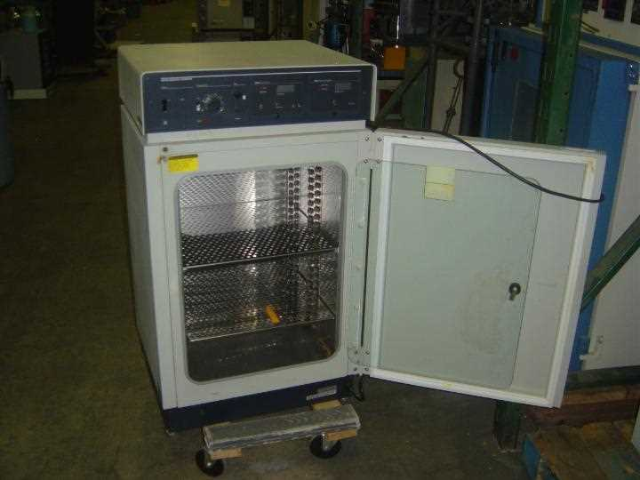 Forma Scientific Water-Jacketed Incubator Model 3154 - 1