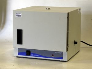 Fisher Isotemp 506D Incubator