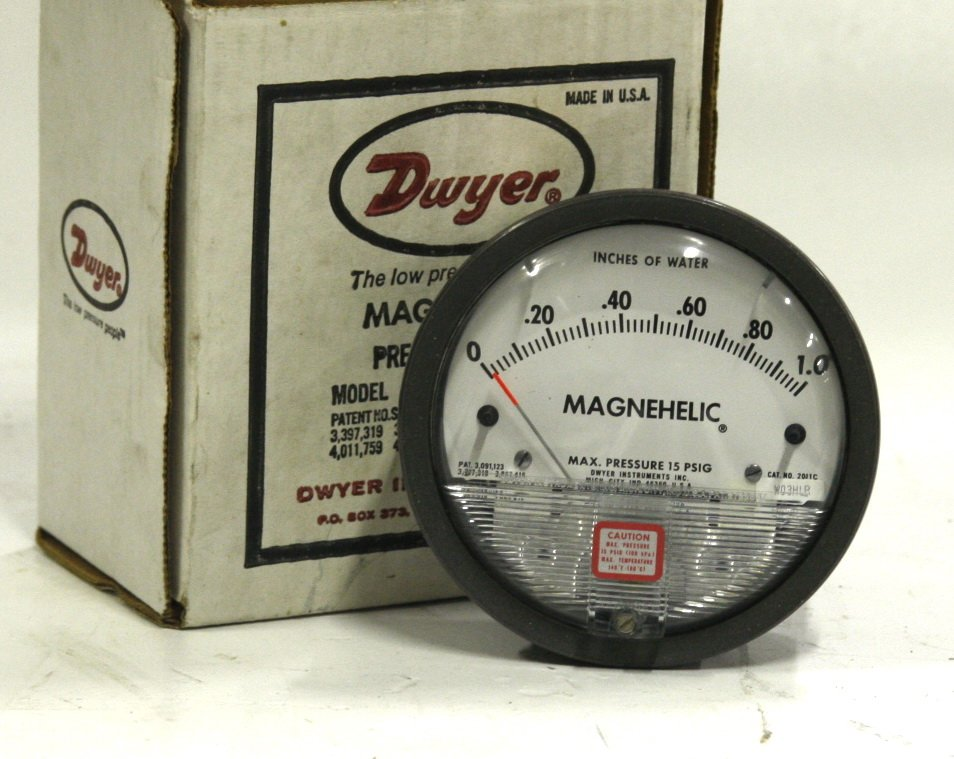 Dwyer Magnehelic Differential Pressure Gauage 2000