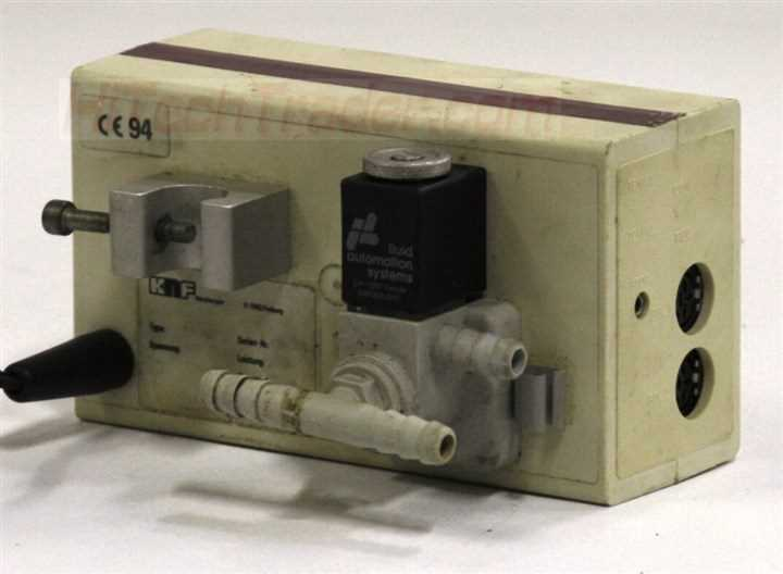 KNF Neuberger Vacuum Controller and Readout – 4