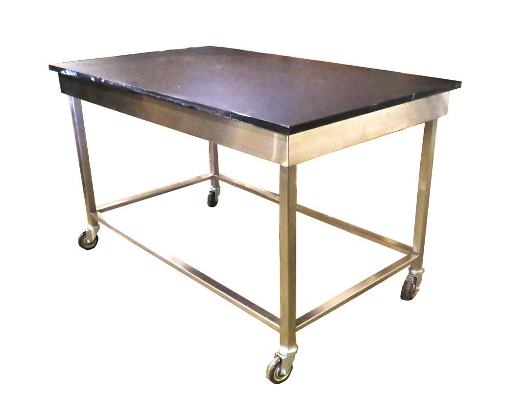 Lab epoxy resin table with SS frame