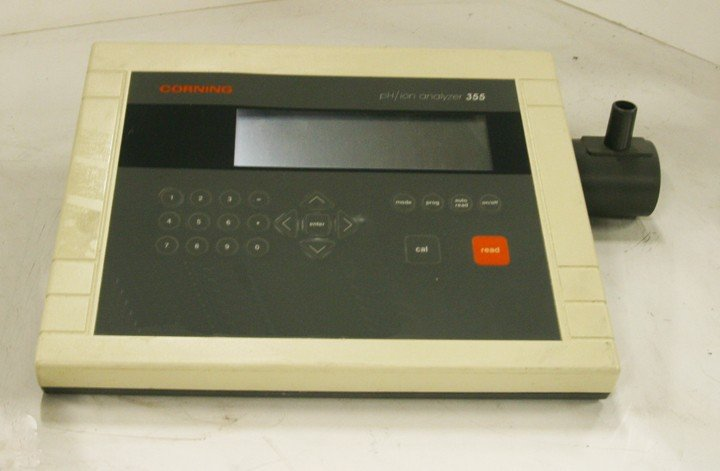 Corning PH and ion analyzer Model 355