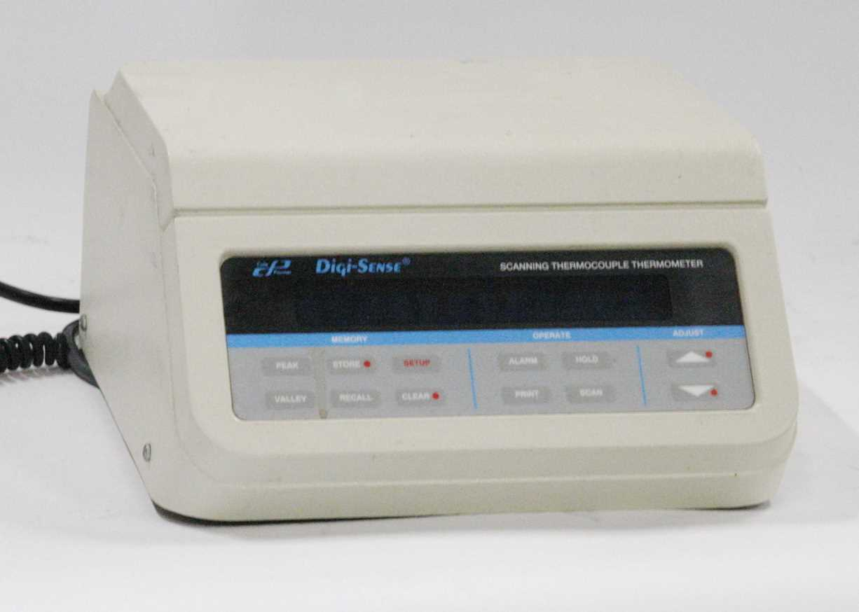 Cole Parmer DigiSense Scanning Thermocouple Thermometer