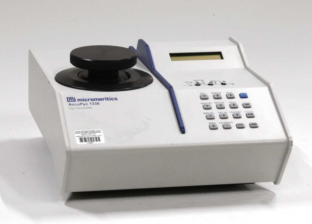 Micromeritics AccuPyc 1330
