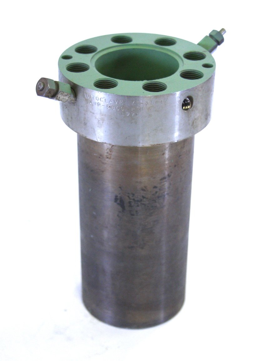 Autoclave Engineers 73-3101 1L SS Teflon Coated Reactor