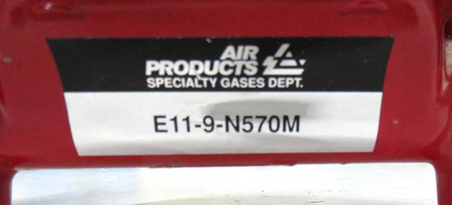 Air Products N570M  Ultra Low Inlet Pressure Cylinder Regulator - 2