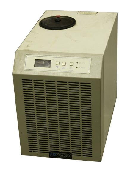 FTS Systems Refrigerated Circulator Model RS33AL00