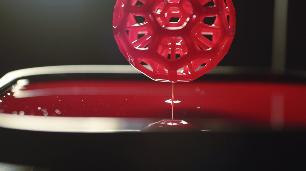 Alien style 3D printing grows objects from a pool of liquid