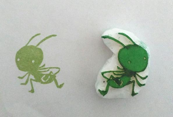 蟋蟀在戸イメージの消しゴムはんこ