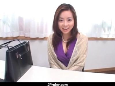 三十路美熟女妻が息子の為に先生を誘惑してるひとずま動画