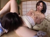 性欲を持て余した五十路熟女が不貞性交で淫らに悶えてるオバチャンノ-パン