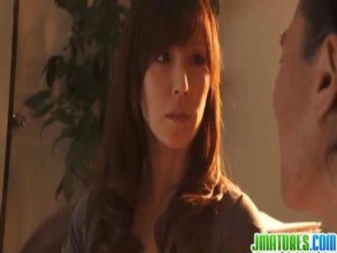 教頭といけない関係になり不貞性交で痙攣潮吹きする四十路熟女の日活 無料yu-tyubu田舎