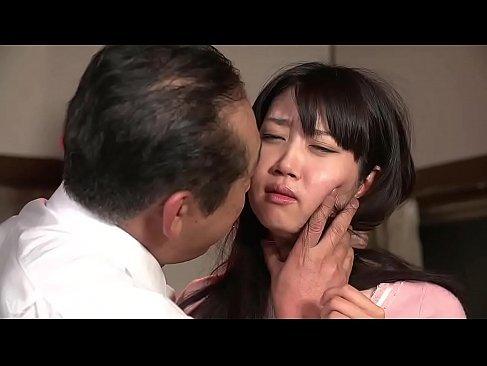 無理矢理キスされただけでパンティーに染みを作る敏感な黒髪若奥様のヒトズマニアとは