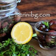 Мариновани маслини в билки