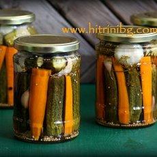 Кисели краставички с моркови