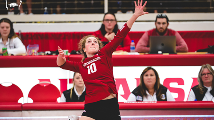 Volleyball downs Alabama for first time in 10 meetings, going back to '13