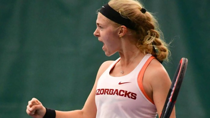 Razorbacks upset Vanderbilt on Friday, 4-3, to stay unbeaten