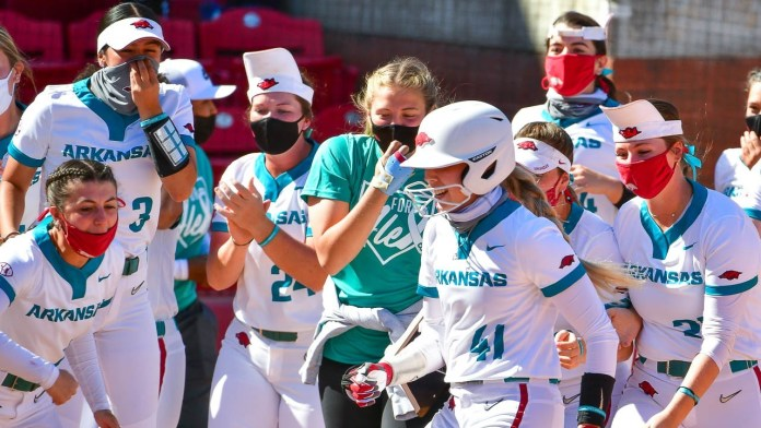 Gibson's walk-off homer clinches series win over Ole Miss