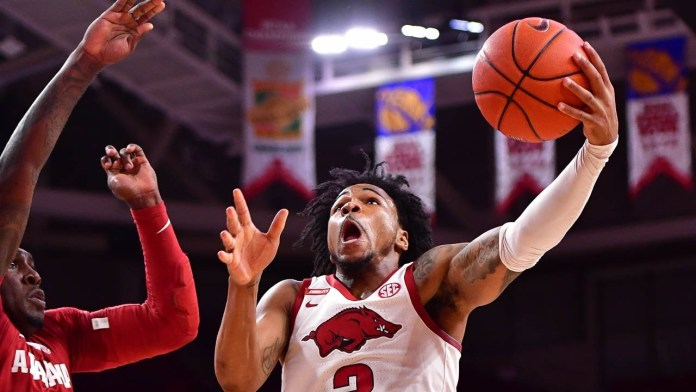 Murphy expects Hogs to move up in week's hoops polls
