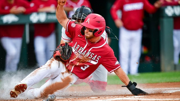 Fifth inning mistakes cost Hogs momentum in loss to Georgia