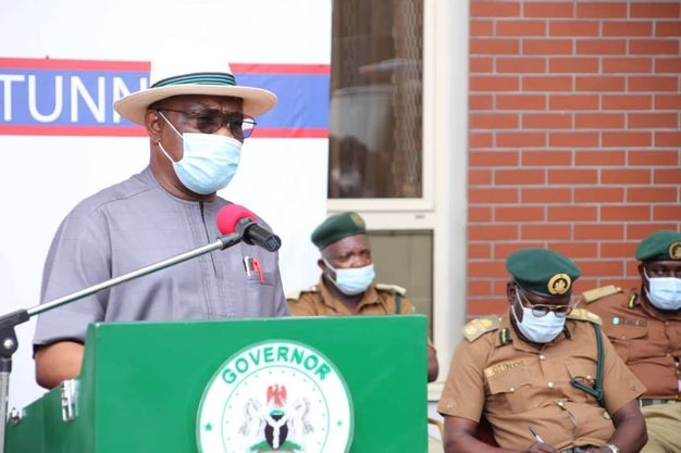 Wike Presenting four prisoner transport vehicles to Nigeria Correctional Service