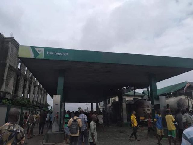 Disaster averted as residents mobilize to quell fuel tanker fire in Port Harcourt