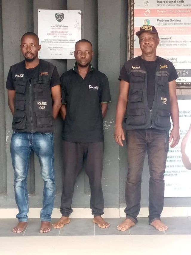 Police arrest 2 FSARS operatives, 1 civilian accomplice in Lagos State